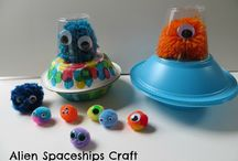 Science crafts for kids / This year's summer library program theme is SCIENCE! Check out these great science crafts and experiments.