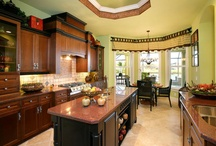 Kitchens / Photographs of kitchens in homes built by Daniel Wayne Homes, custom home builder in Fort Myers, Florida.