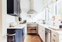In the Kitchen / A collection of modern kitchens, boho kitchens, rustic kitchens and other noteworthy kitchen decor ideas.