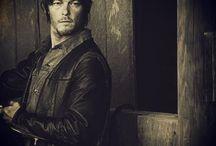 The Walking Dead / by Delilah Sanchez