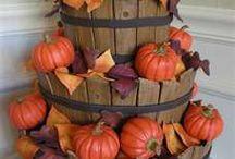 Fall Back / Fall, Halloween and Thanksgiving cakes / by Linda Mashni