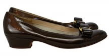 Ferragamo Vara Shoes / Now celebrating their 35th anniversary, Ferragamo Vara Flats are timeless, practical, and chic.  Originally priced at $450, they are quite a bargain here.