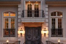 facades / Even before you enter a home or building, you are greeted by the facade. Erinn's likes for visitors to get a well-designed welcome!.  This board showcases the work of sought-after interior designer, home decor expert, and furniture artisan Erinn V, plus some of her favorite shots from other designers and home furnishing product manufacturers.