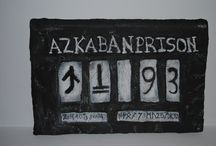 Bellatrix in Azkaban / This is the Bellatrix´s plaque in Azkaban. It is made with cardboard, toilet paper, school glue and acrylic paint. It is very easy to do, try it!