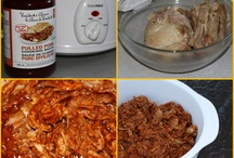 Slow Cooker <3 / by Lindsey Stronach