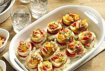 Bruschetta / A great collection of fun and fresh bruschetta recipes / by CorningWare