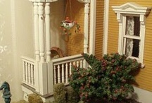 Welcome to the dollhouse / Miniatures