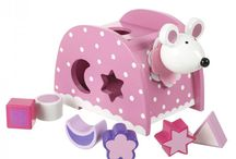 Presents 2 Year Old Girls / Our experts have selected their favourite presents for 2 year old girls! All of these items make excellent presents for a 2 year old girl! Enjoy browsing through our excellent range....