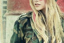 Avril Music Video-Movie photos