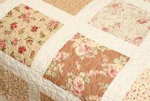 Одеяла (лоскутное шитье)