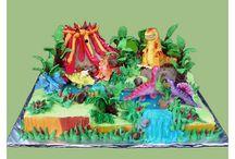 Dinosaur cakes / by Elvina Bier