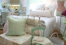 Shabby and Chic / by Susan Freeman