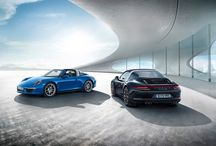 The New Porsche 911 Targa Models / Fashion changes. But style endures. Take a look at the exclusive pictures of the new #911Targa models in this gallery.