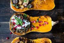 Kürbiszeit // pumpkin & squash / Kürbiszeit ist die beste Zeit! Hier gibt es einige Rezepte für den orangenen Prachtkerl!