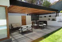 Outdoor area / Outdoor dining