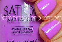 Nails! / by Olivia Rodrigues