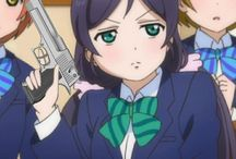 Idols with guns