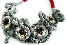 Вязаные украшения. Crochet jewelry