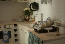 Kitchen Decorating Ideas / by Erin Branscom