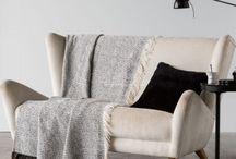 Plaids o Mantas de viaje / En este tablero de Outlet-textil.com te ofercemos los Plaids o mantas de viaje de todos los modelos. Plaids básicos, los confortables plaids de pelo y nuestros plaids especiales.
