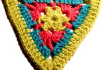 Crochet triangle