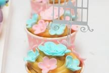 Chá de Bebe ou Fraldas menina / vou salvar vários pins sobre decoração de chá de bebe ou fraldas de menina com o tema pássaro. Tomara que vocês gostem