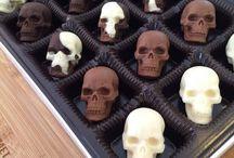 Skulls / Tribal themed skulls and any skull pics that are cool