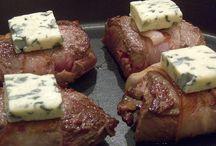Recepten Vlees / De lekkerste recepten met vlees, uit onder andere de kookboeken Nijmegen Kookt deel 1 en 2, met ingrediënten van een Nijmeegse specialist en/of speciaalzaak.