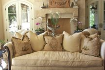 Daybeds as couches / Decor