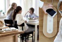 Безжично зареждане / Независимо дали търсим рецепта за паста, пишем си с приятел или четем мейли, смартфоните ни са винаги на ръка разстояние, за да ни държат свързани с външния свят. У дома ние ги ползваме за какво ли не, докато не настъпи време за зареждане на батерията. За нещастие обаче, зарядните са придружени от разхвърляни кабели, особено в големите домакинства. Затова създадохме серия безжични зарядни устройства, които правят зареждането не само по-достъпно, но и по-малко забележимо. https://goo.gl/jb318P