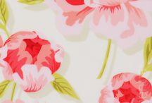 Pretty Prints / by Lauren Johnson