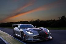 Dodge Viper / The Real American Super Car