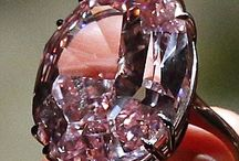 All Gems, Diamonds And Jewellery / Beautiful Gems, Diamonds and Jewellery. Visit GoodiesHub.com for our full range of Exclusive and Designer Handcrafted products. GoodiesHub.com where Luxury and Exclusivity meet. Shop Online at GoodiesHub.com