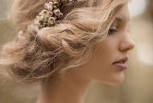 Bridal Flower Crowns / Floral accessories / Flower crowns and pretty headbands - inspiration and diy ideas!