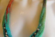 felting náhrdelníky