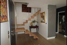 Escalier sur mesure / Décoration intérieure. Remplacement d'un escalier d'usine par un escalier sur mesure