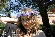 my online flower class / I teach two online flower arranging classes at Nicolesclasses.com. Flower Arranging 101: http://nicolesclasses.com/portfolio/floral-arranging-101/ + Wedding Flowers: http://nicolesclasses.com/portfolio/floral-arranging-weddings/