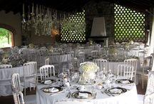ROMANTIC WEDDING IN THE COUNTRY / Allestimento in bianco, country-chic per un matrimonio perfetto in primavera-estate