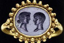 Roman Rings Cameo