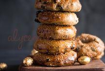 Alyce Alexandra / Hot cross bagels