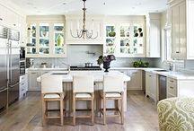 Simple and Pretty Spaces / Interior and exterior inspiration. Farmhouse. Landscape. Decor.