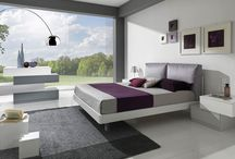 Bedrooms / In its bedroom furniture, Giessegi aims to offer convenience and elegance: beautiful rooms that aim to express the personalities and tastes of those who will live in them, always offering impeccable style in seductive, modern collections with a wide variety of compositional options. The offering includes an assortment of colours and materials, lacquered finishes and wood surfaces, and gloss and matt colours, all expressing a concept of simplicity with sophistication.