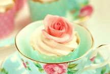 Rose / Un sepalo - petalo - e una spina   In un comune mattino d'estate -   Una boccetta di Rugiada - Un'Ape o due -   Una Brezza - una capriola fra gli alberi -   Ed io sono una Rosa!   A sepal - petal - and a plug   In a typical summer morning -   A flask of Dew - A Bee or two -   A Breeze - a caper in the trees -   And I'm a Rose!   - Emily Dickinson -