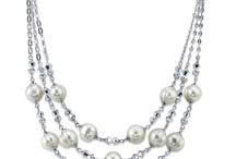 Jewelry & Beading / by Nancy Tempas