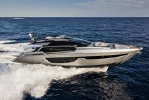 Riva 76' Perseo New / Riva 76' is the brand new project of the sporting range of the brand. This project has been conceived preserving the family feeling with the other models in the brand's sporty range