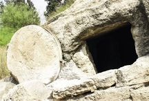 Hrob zavalený kameňom