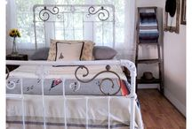 Bedrooms / Basic elements of a peaceful and restful bedroom.