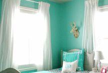 Lara's bedroom