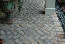 CON - Floor - Brick