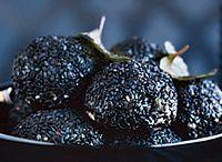 monochromatic diet: black